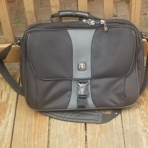 Swissgear Laptop Bag 17""